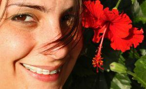 Paradontoza! Ortodonta pomoże pozbyć się problemu?
